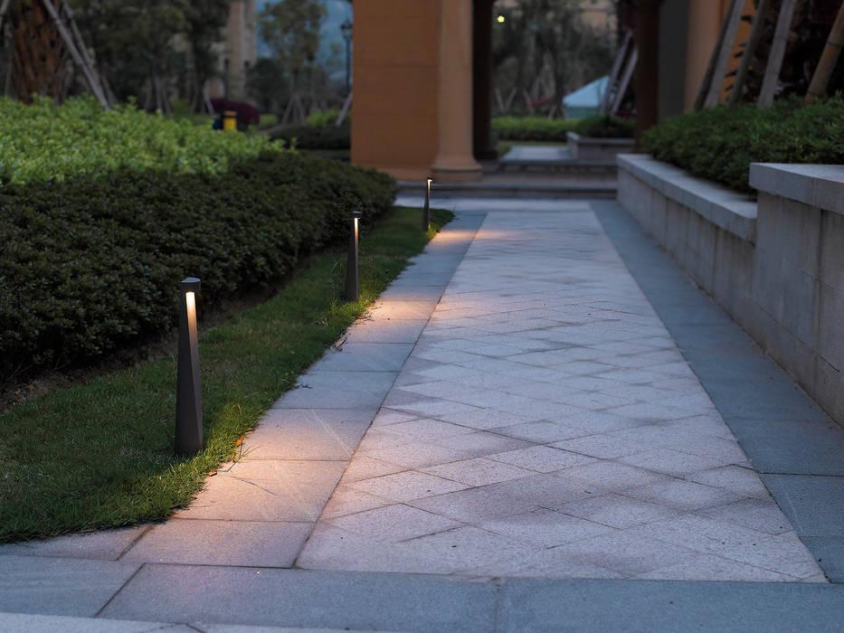 Illuminazione outdoor u2013 rossini illuminazione: giardino in stile di