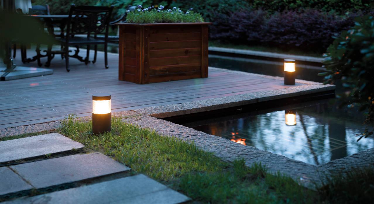 Illuminazione outdoor - Rossini Illuminazione: Giardino in stile  di Rossini Illuminazione