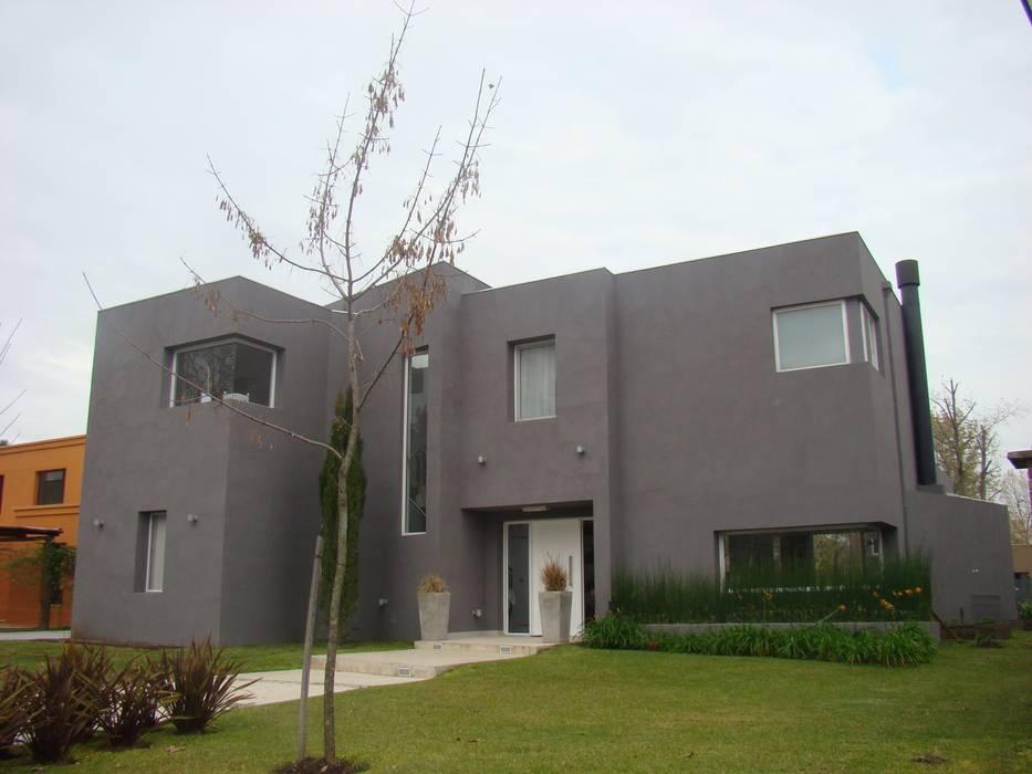 El Encuentro 1 de Estudio de Arquitectura Clariá & Clariá Moderno