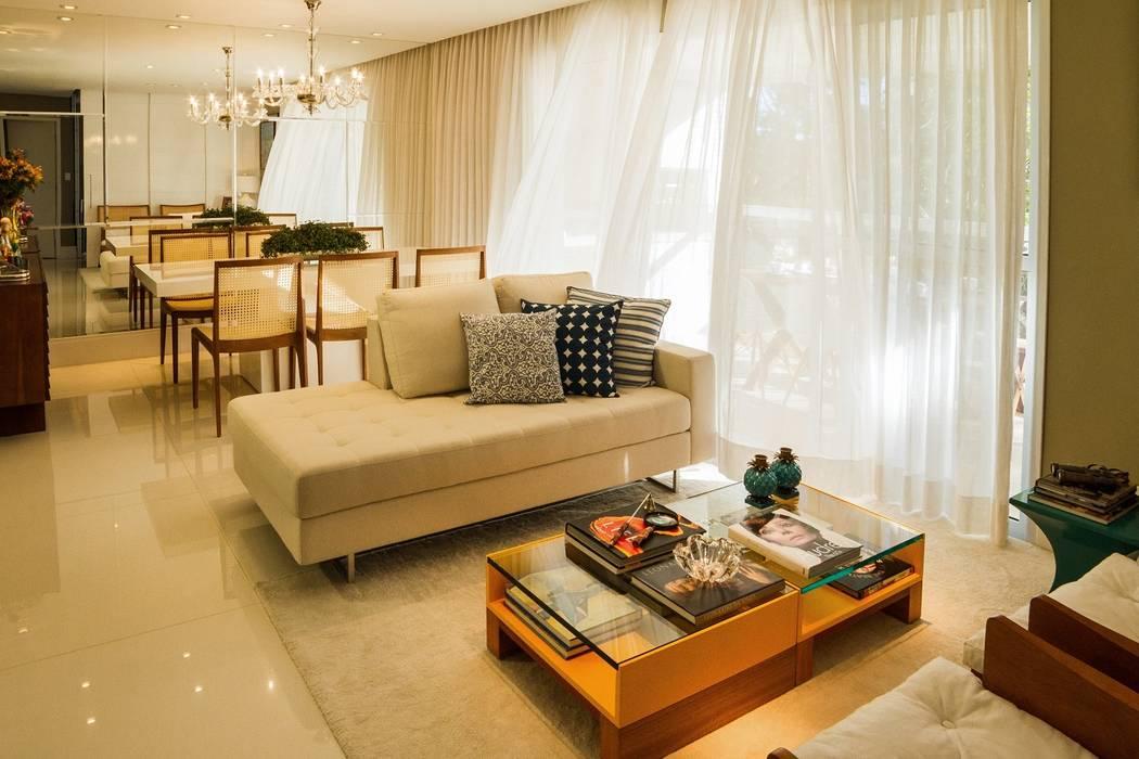 Ruang Keluarga Modern Oleh Jamile Lima Arquitetura Modern