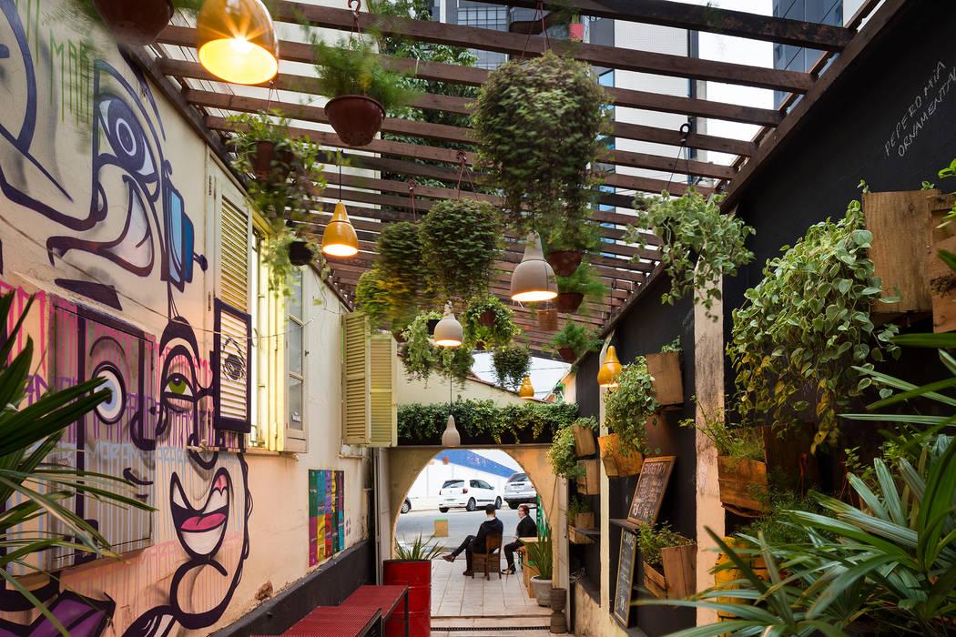 MÃO NA TERRA, in Belo Horizonte. BR (2015): Jardins rústicos por Luiza Soares - Paisagismo