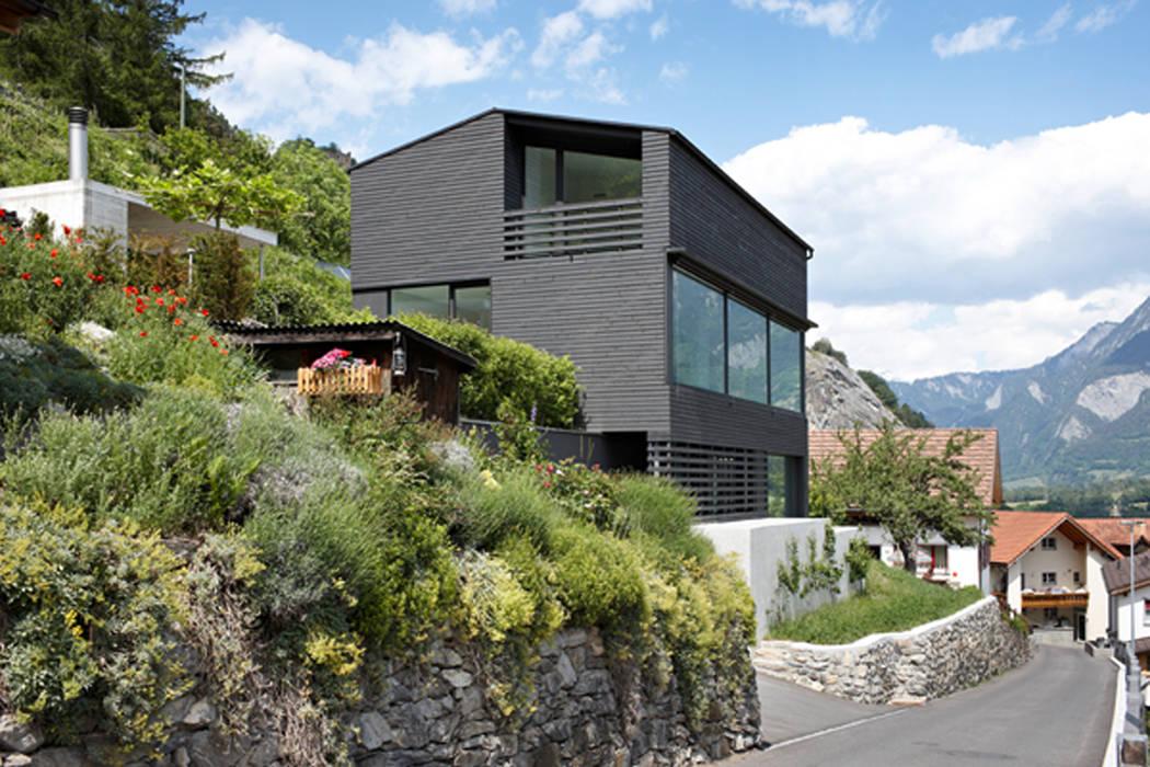 Houses by Albertin Partner,