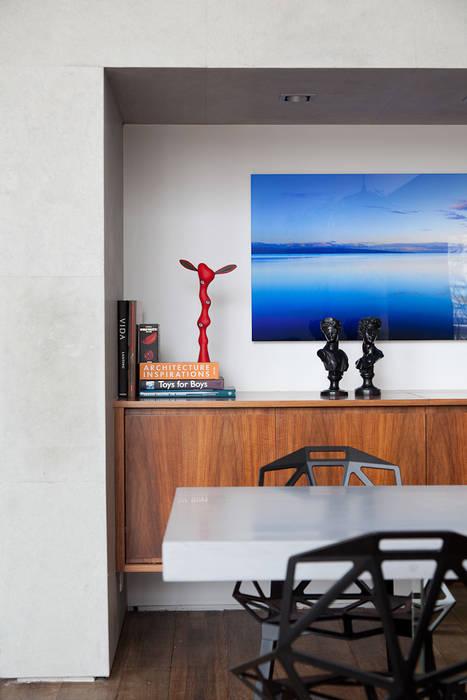 Dining room by Meireles Pavan arquitetura, Minimalist