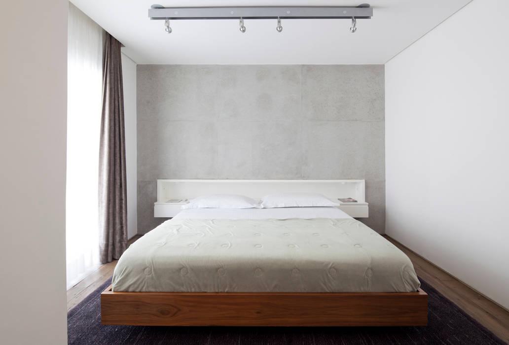 Bedroom by Meireles Pavan arquitetura, Minimalist