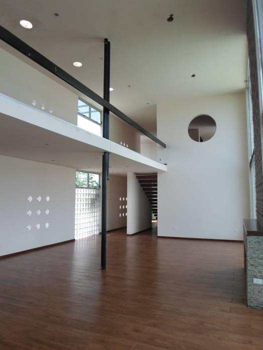 Interior: Salas de estilo  por Diseño Corporativo