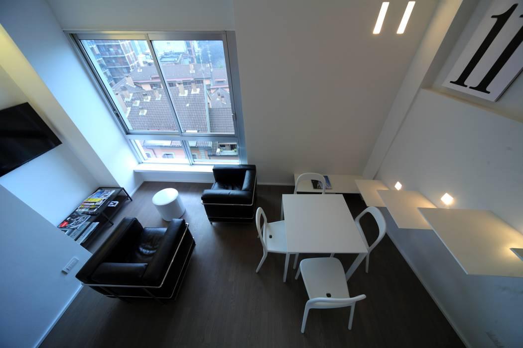 Salon minimaliste par ristrutturami Minimaliste