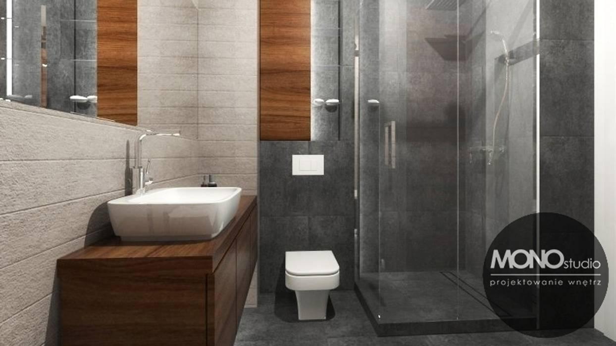 Urocze mieszkanie zaaranżowane w nowoczesnym stylu Nowoczesna łazienka od MONOstudio Nowoczesny
