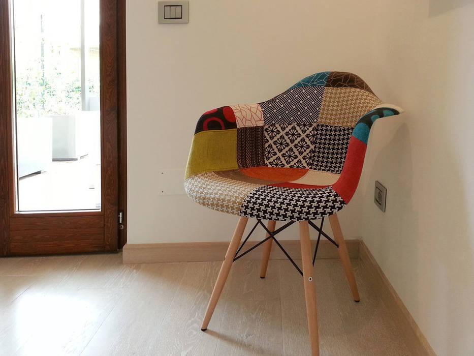 Sedia: camera da letto in stile di studio radicediuno | homify