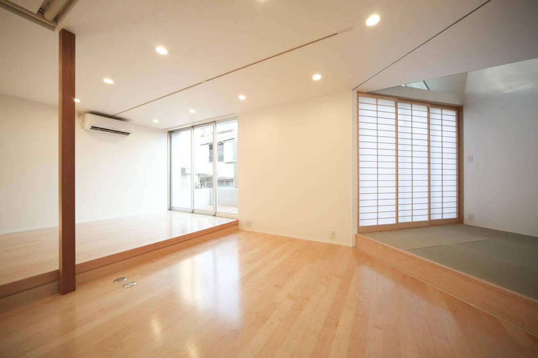Salas de estilo minimalista de Spell Design Works Minimalista