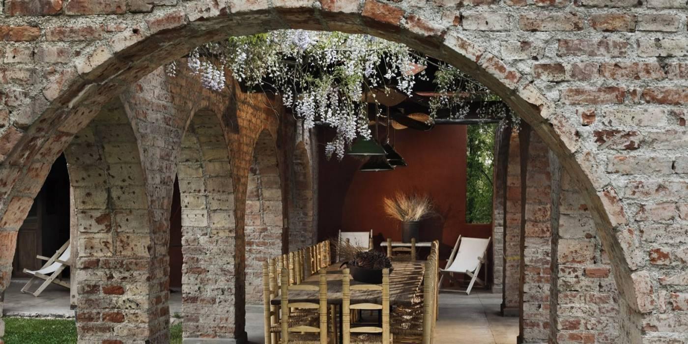 Chalet Atamisque: Jardines de invierno de estilo  por Bórmida & Yanzón arquitectos
