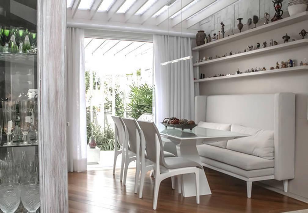 IMT: Sala de jantar  por Bloco Z Arquitetura,