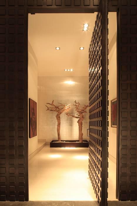 Puertas y ventanas de estilo moderno de GLR Arquitectos Moderno