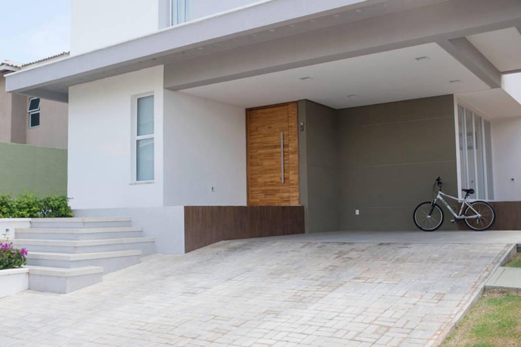 Rumah Modern Oleh POCHE ARQUITETURA Modern