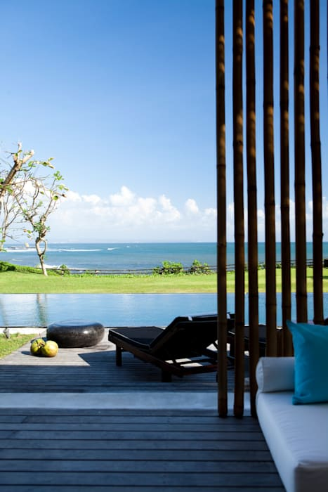 View by homify Tropical
