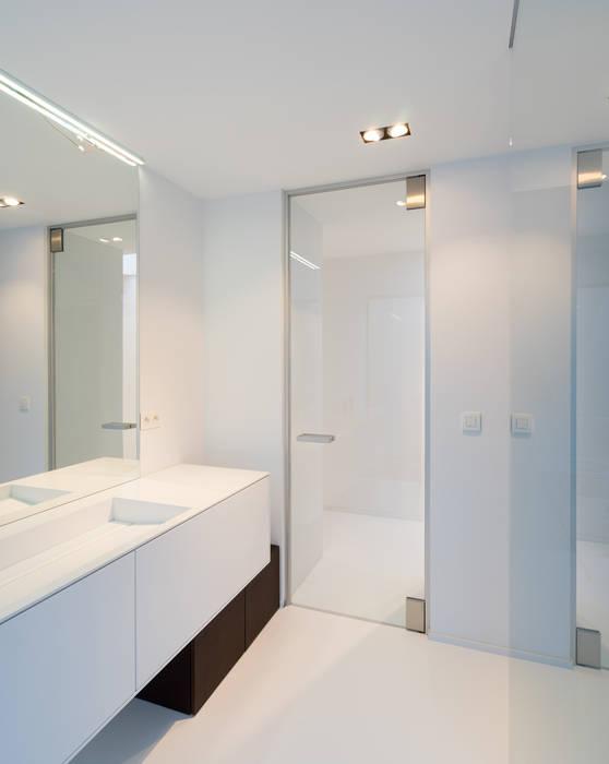 Glazen deur badkamer:  Glazen deuren door Anyway Doors