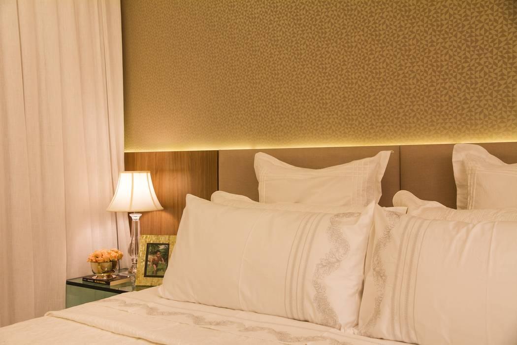 Modern style bedroom by Jamile Lima Arquitetura Modern