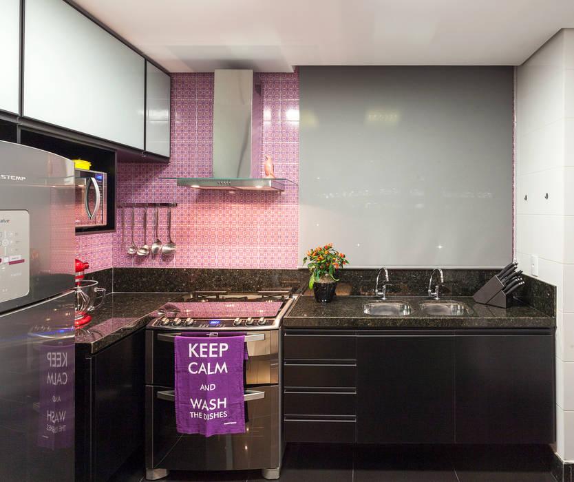 Кухни в . Автор – Amis Arquitetura e Decoração, Модерн