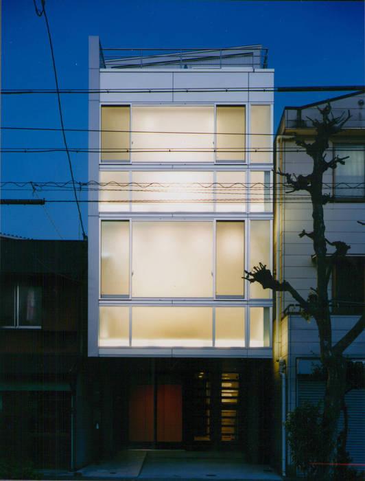 夜景 モダンな 家 の 原 空間工作所 HARA Urban Space Factory モダン ガラス