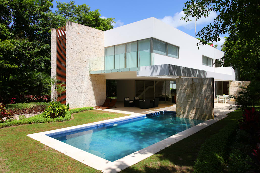 Houses by Enrique Cabrera Arquitecto, Modern