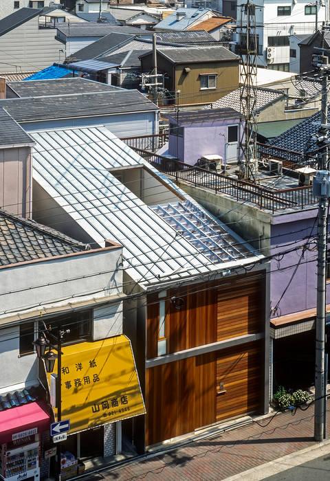 Casas de estilo  de 緒方幸樹建築設計事務所, Ecléctico
