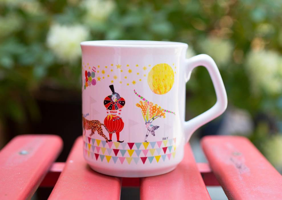 Circus of Wonders - Mug Sas and Yosh KitchenAccessories & textiles