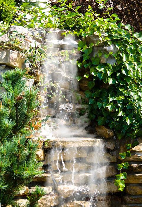 Kamienna kaskada Klasyczny ogród od Centrum ogrodnicze Ogrody ResGal Klasyczny