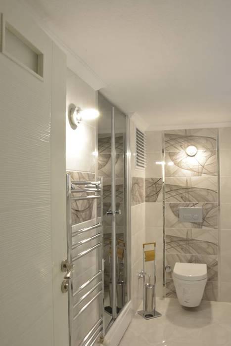 Minimalist style bathrooms by ACS Mimarlık Minimalist