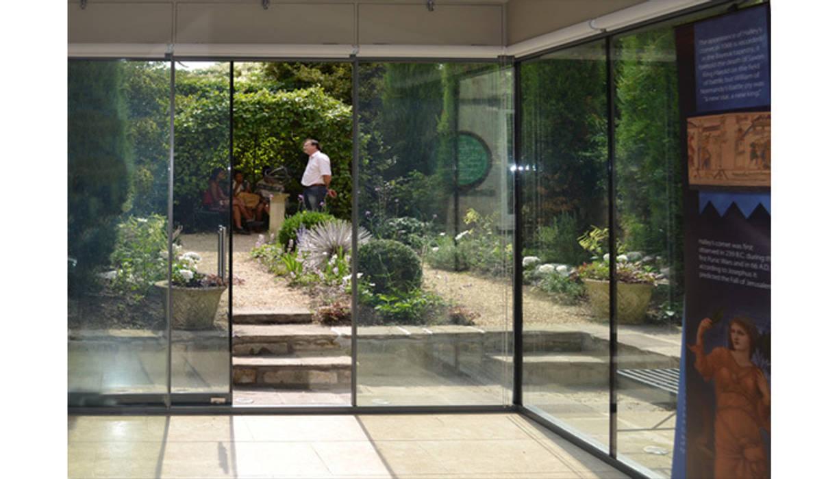 Herschel Museum:  Doors by Hetreed Ross Architects, Modern