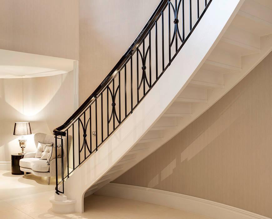 ST495 Dwustronne schody gięte / ST495 Double Curved Stairs Klasyczny korytarz, przedpokój i schody od Trąbczyński Klasyczny