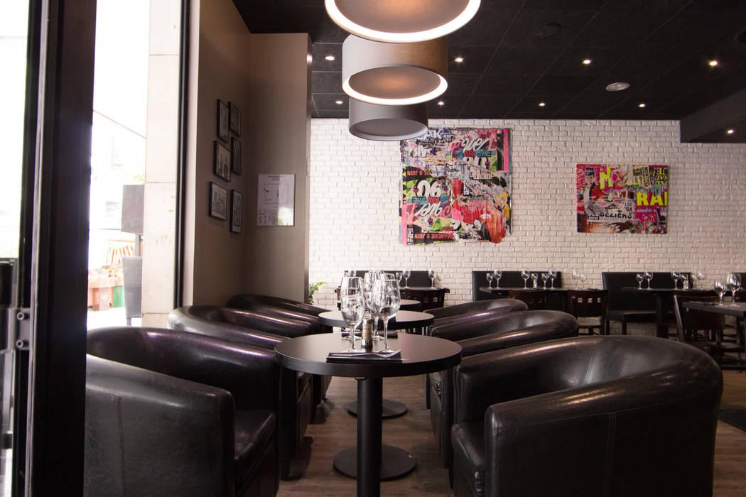 Fauteuil & Suspension luminaire: Bars & clubs de style  par Anne Martins Design