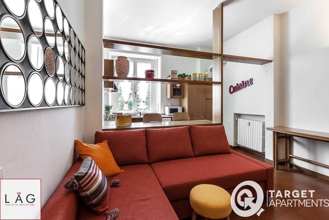 Salas de estar modernas por Architrek Moderno