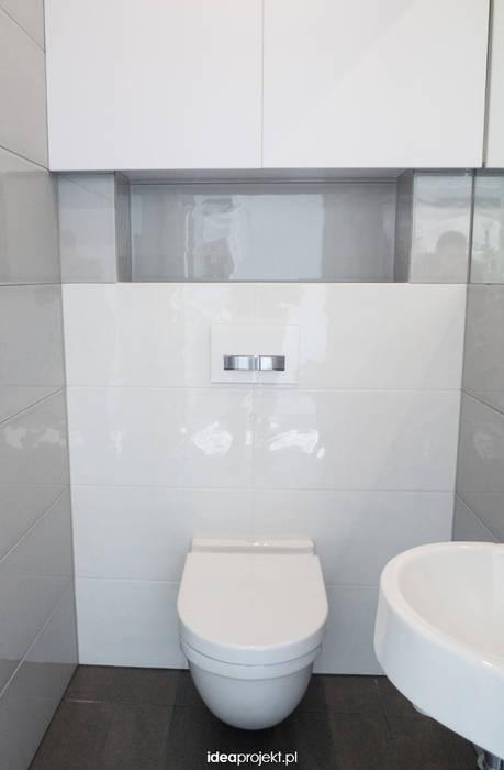 Minimalist style bathrooms by idea projekt Minimalist