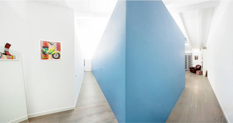 the blue whale 23bassi studio di architettura Ingresso, Corridoio & Scale in stile minimalista