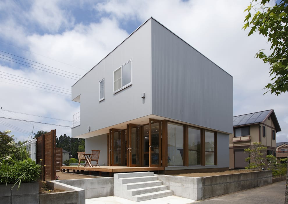 現代房屋設計點子、靈感 & 圖片 根據 アトリエ24一級建築士事務所 現代風