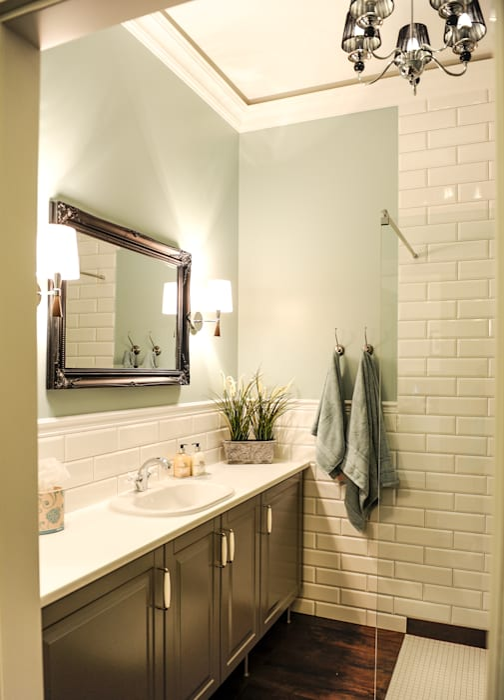 Bathroom by AgiDesign, Classic