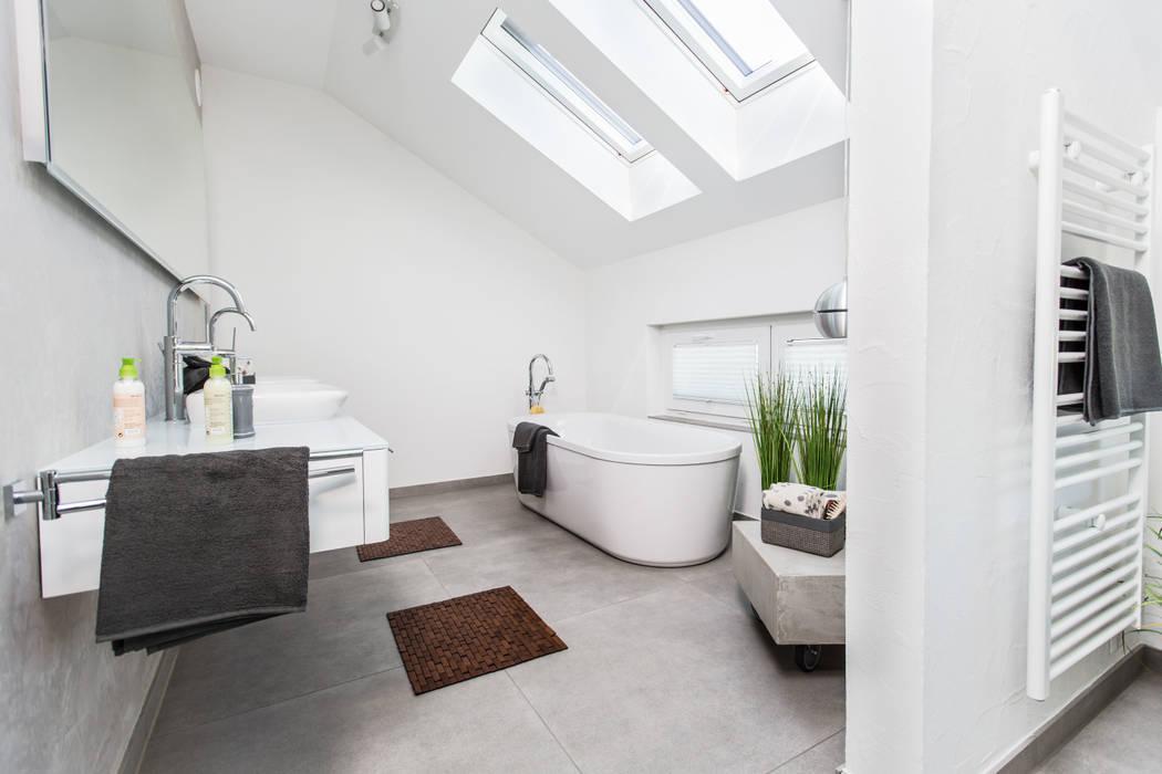 Neues musterhaus simmern: badezimmer von massa haus gmbh ...