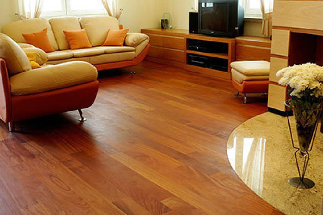 podłoga z drewna egzotycznego Egzotyczny salon od TKM Wieckowski Sp.J Egzotyczny