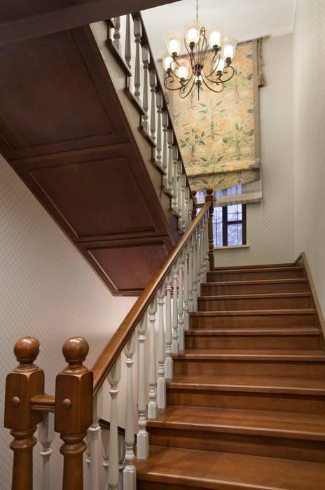 Corridor and hallway by Abwarten!, Colonial