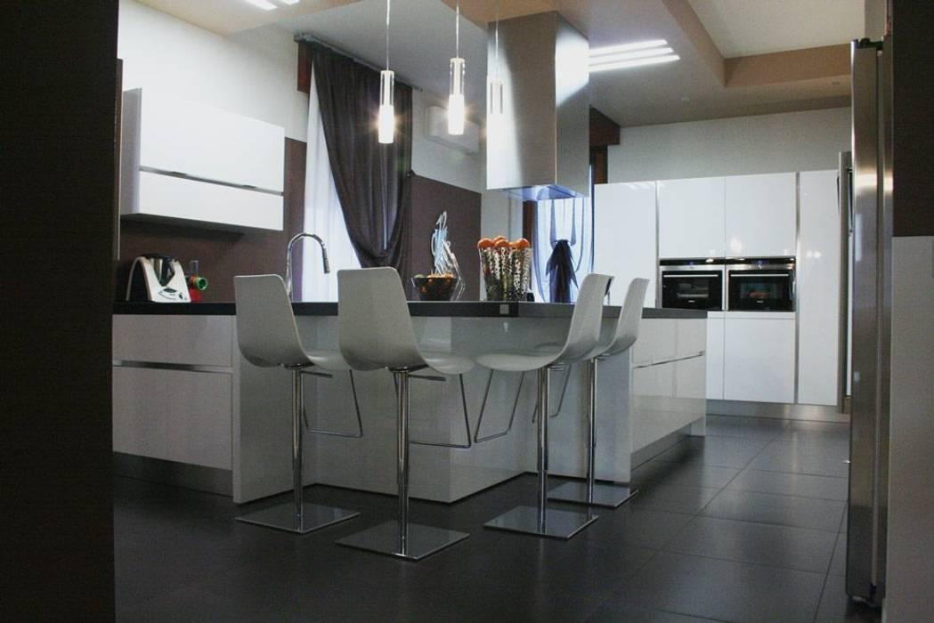 Cucina in stile in stile Moderno di Devincenti Multiliving