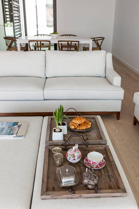 Sala - decoração apartamento Estoril por Staging Factory Moderno