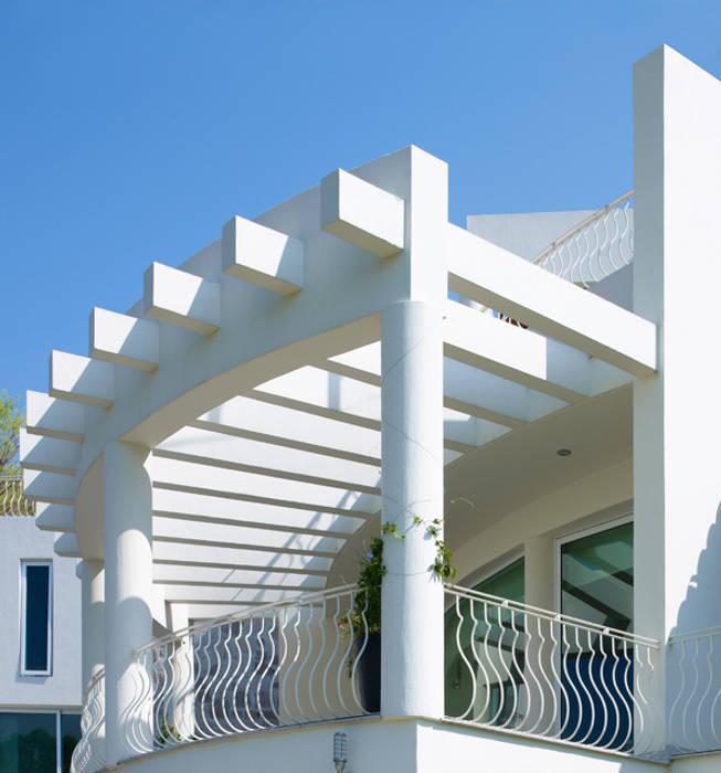 TERRAZA: Terrazas de estilo  por Excelencia en Diseño, Moderno