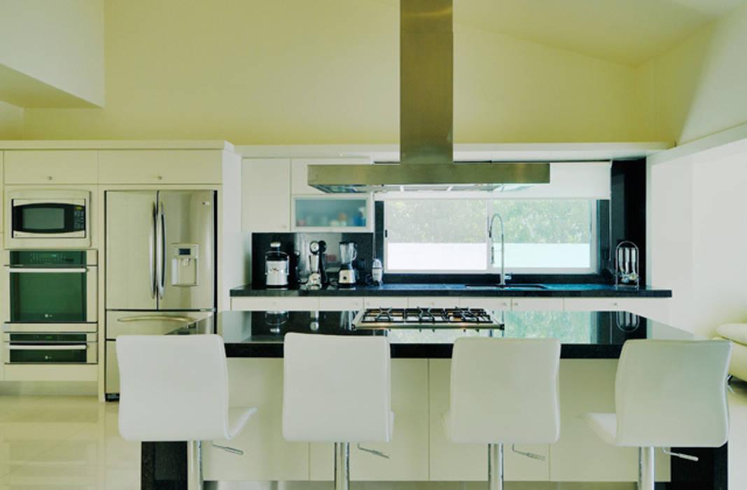 Excelencia en Diseño Modern kitchen