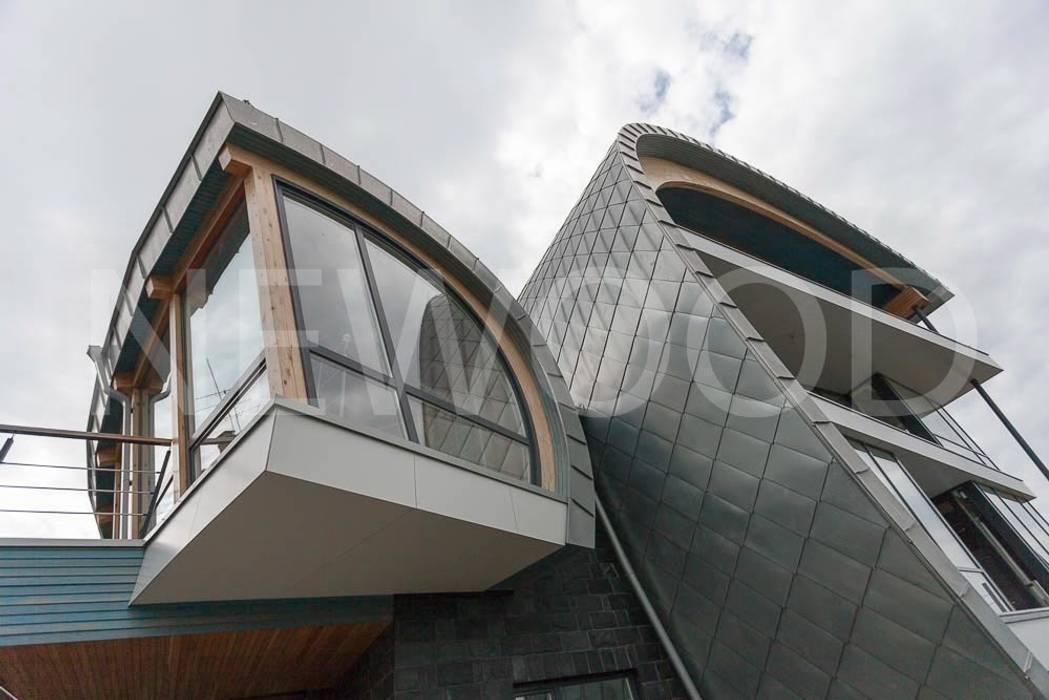 Casas de estilo  por NEWOOD - Современные деревянные дома, Ecléctico