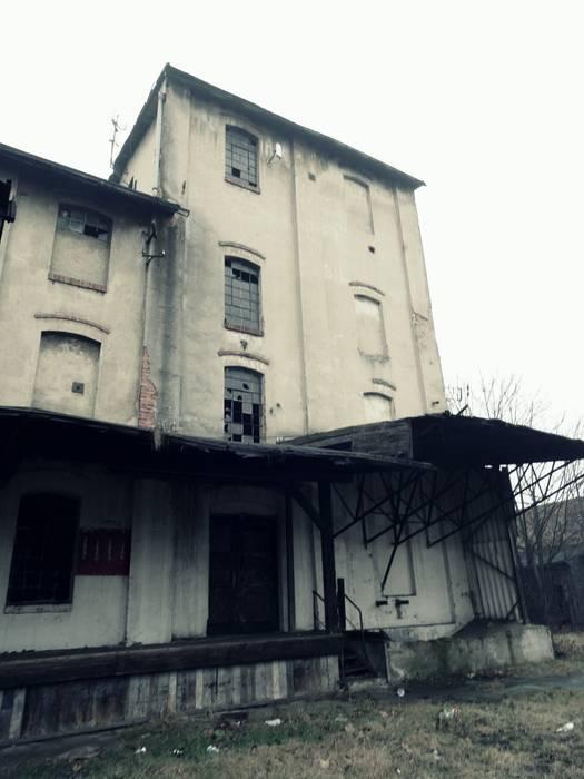 van FOORMA Pracownia Architektury Wnętrz Rustiek & Brocante