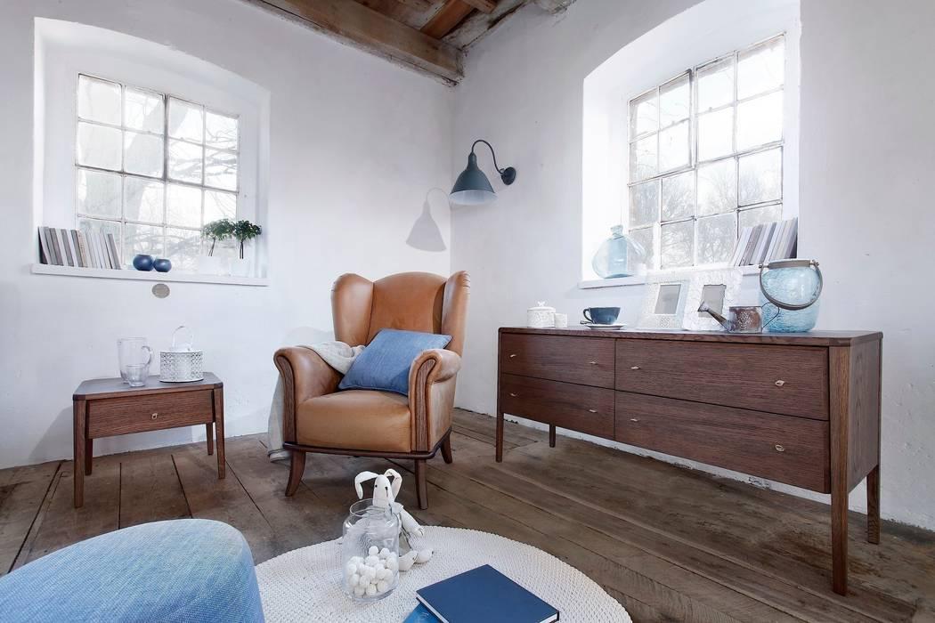 Bedroom Joy & Ushak armchair Cuartos de estilo rústico de Swarzędz Home Rústico