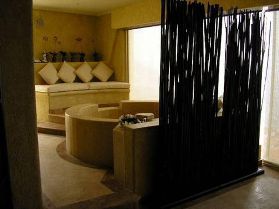 SPA: Spa de estilo  por ARQUELIGE, Tropical