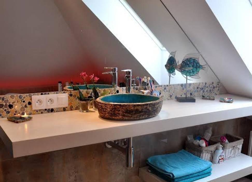 umywalka robiona ręcznie: styl , w kategorii Łazienka zaprojektowany przez dekornia,Śródziemnomorski