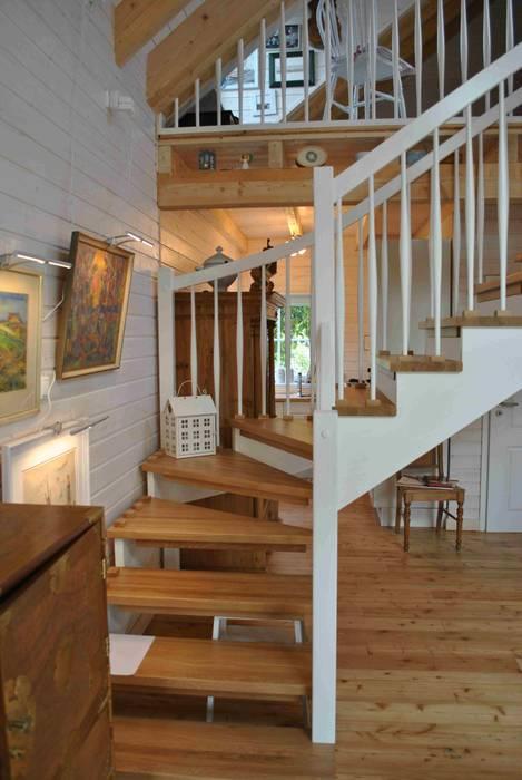 Innenansicht treppe: wohnzimmer von dr. jeschke holzbau gmbh & co ...