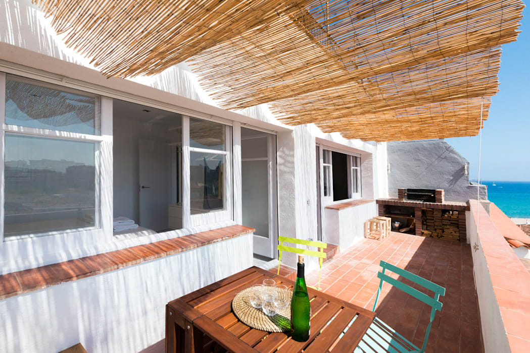 Patios & Decks by LF24 Arquitectura Interiorismo, Modern