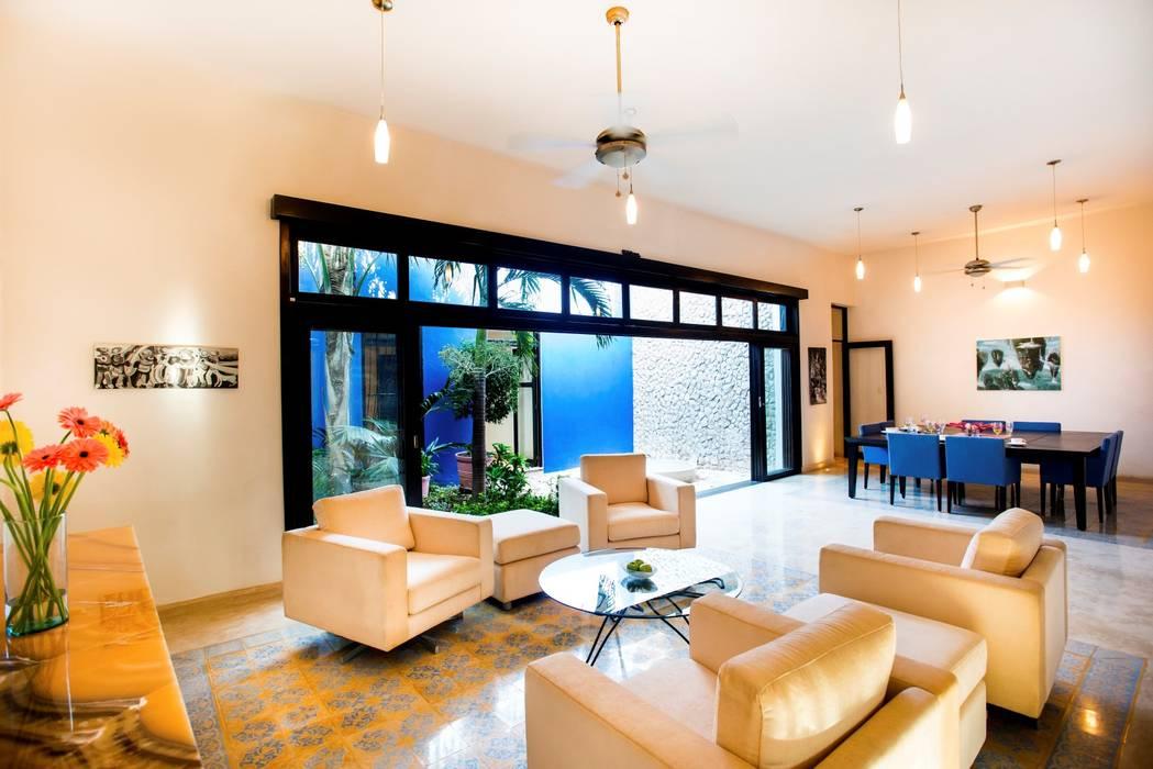 Sala comedor - Patio Azul Comedores modernos de Taller Estilo Arquitectura Moderno